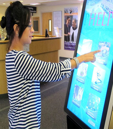 7 Benefits of Digital Kiosks CIOs Should Know to Enhance Their Business Productivity