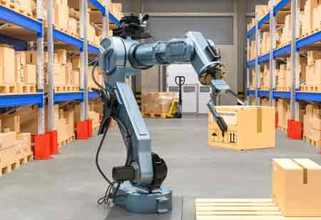3 Advantages of Robots in Warehouse