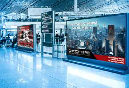 How Digital Signage Contributes to Marketing Efforts